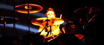 Andy Strachan on the Drums - The Living End